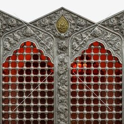 پنجره ی ضریح حضرت عباس (س)
